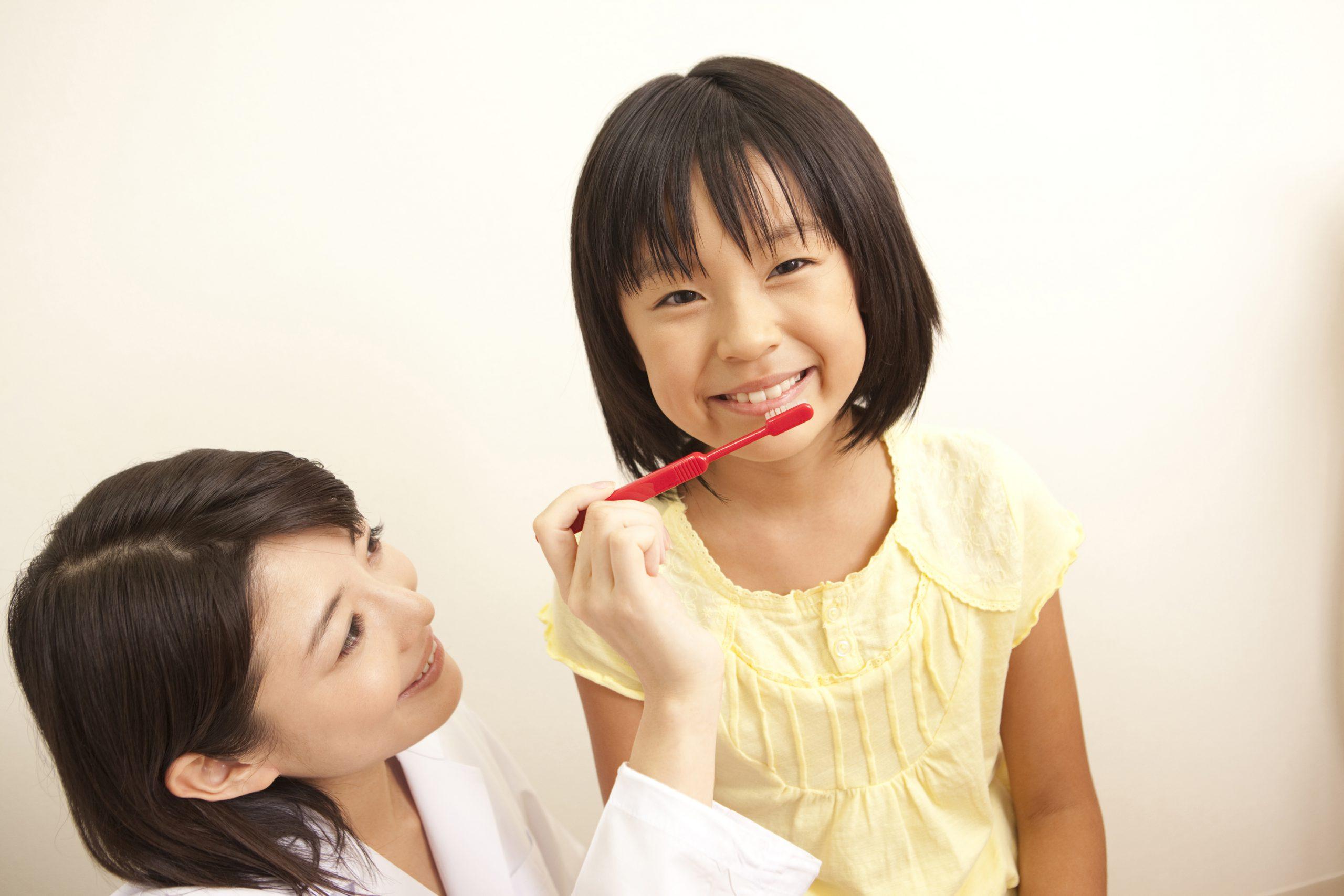 小児歯科:0才から始めたい歯のお手入れ