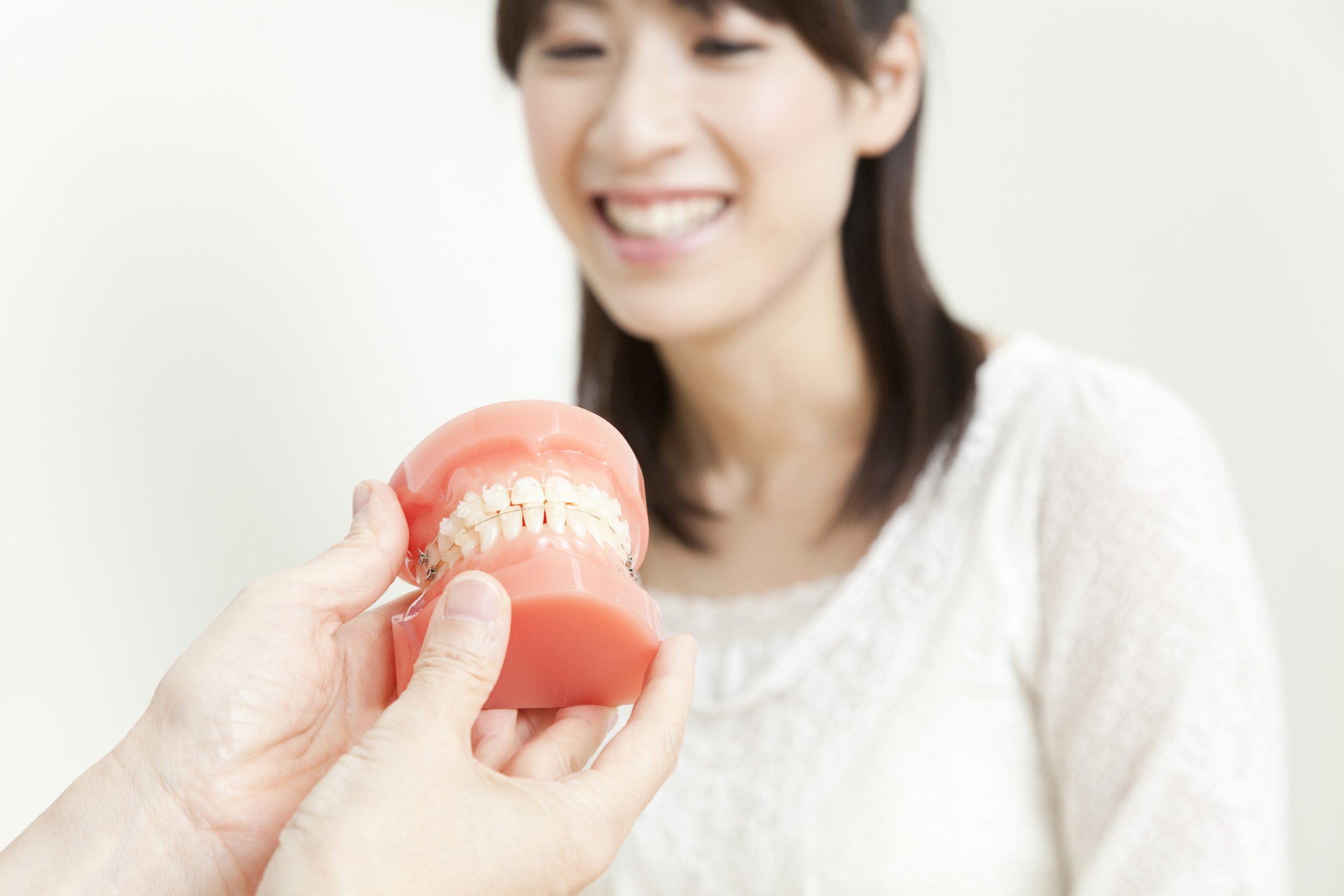④ 矯正を専門に行う歯科医師が治療を担当します